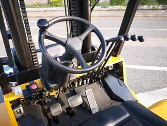 Carrello elevatore frontale a 4 ruote Caterpillar GC70KY-LP - 6