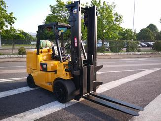 Carrello elevatore frontale a 4 ruote Caterpillar GC70KY-LP - 1