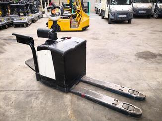 Transpallet guida in accompagnamento Crown WP2330S - 7