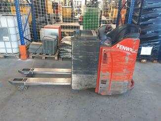 Transpallet guida in accompagnamento Fenwick T20SP - 6